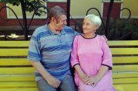 Сергей и Евгения вместе ходят на концерты, дарят друг другу самодельные подарки и читают стихи.
