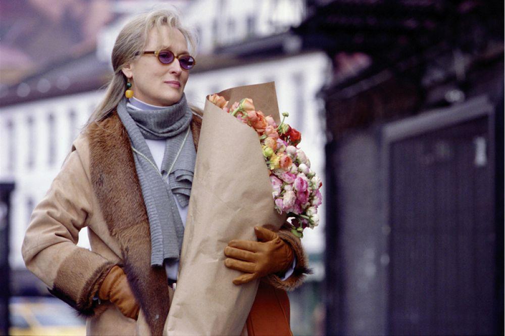 В 2002 году Стрип снялась в драме Стивена Долдри «Часы», где ее партнерами по съемочной площадке были Николь Кидман и Джулианна Мур. Фильм был отмечен большим числом кинонаград, а все три актрисы собрали «урожай» хвалебных отзывов.