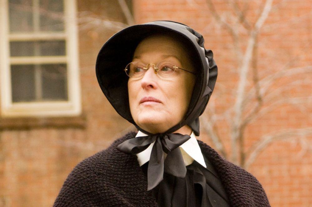 В 2008 году Мерил Стрип сыграла сестру милосердия Элоизу Бовье в детективной драма «Сомнение». Примечательно, что во время съемок актриса не пользовалась услугами гримеров.