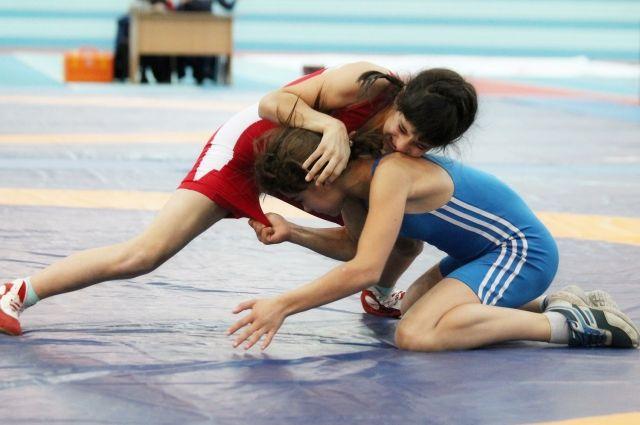 6-18 июня в Бугуруслане проходил Всероссийский турнир по вольной борьбе