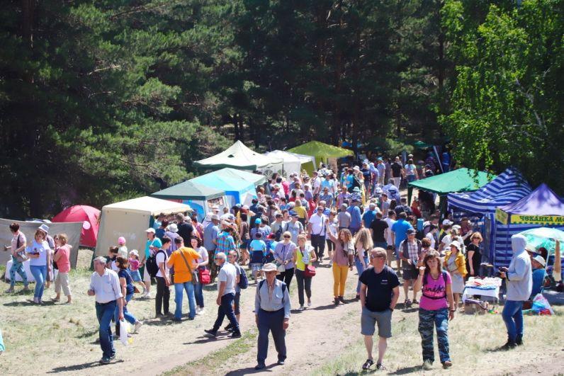 На фестивальной площадке собрались десятки тысяч гостей.