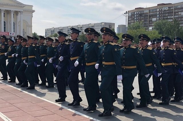 Торжественный выпуск офицеров инженерных войск прошел в Тюмени