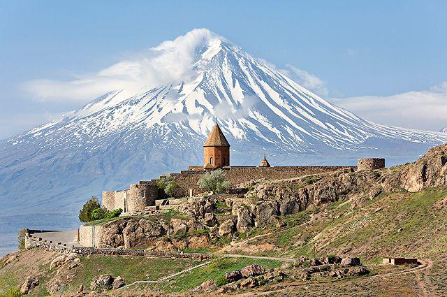 За неделю можно как следует осмотреть главные достопримечательности Армении.