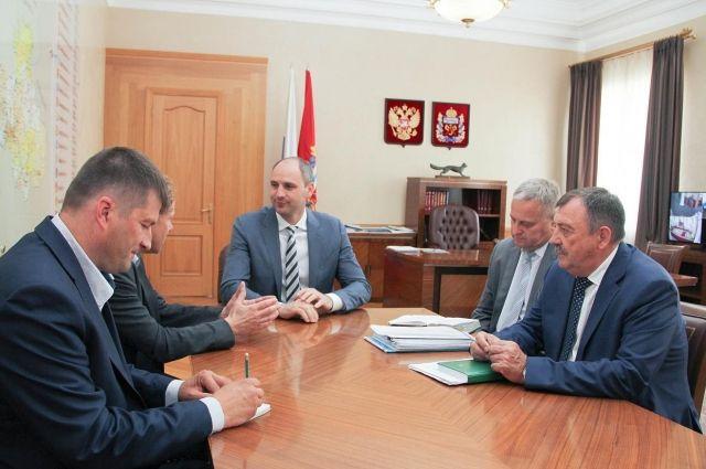 Глава Оренбуржья Денис Паслер встретился с президентом ООО «ЭкоНива-АПК» Штефаном Дюрром.