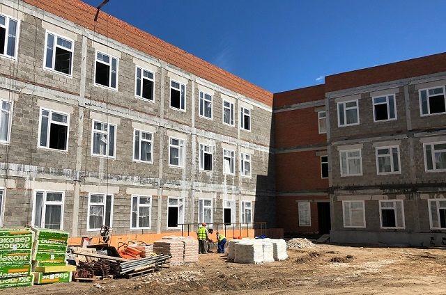 Поликлинику на улице Шишкина сдадут в октябре 2019 года.