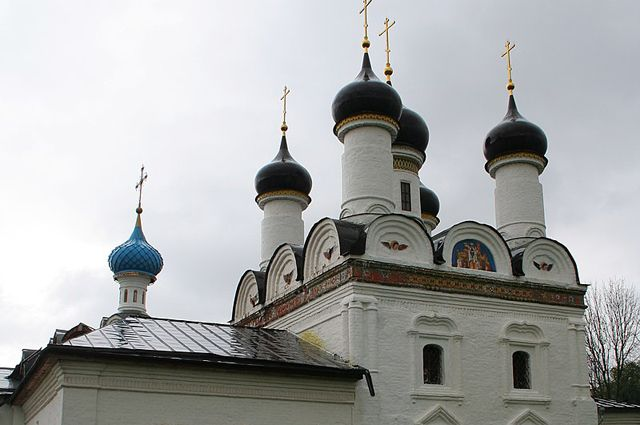 Церковь Покрова Богородицы в Братцеве, Москва.
