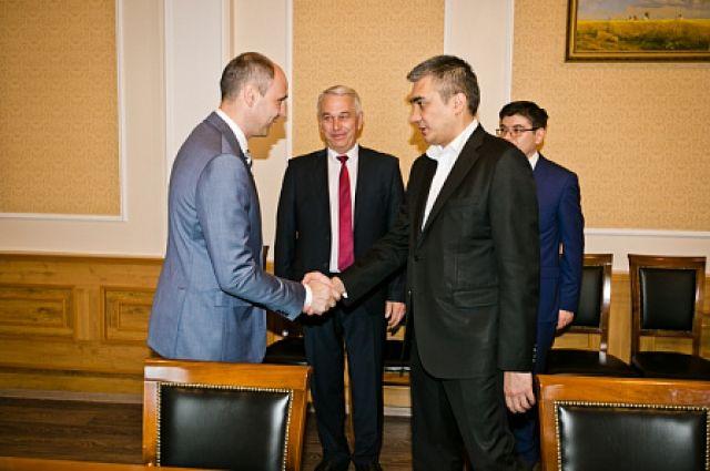 Денис Паслер обсудил  партнерские проекты с делегацией из Узбекистана