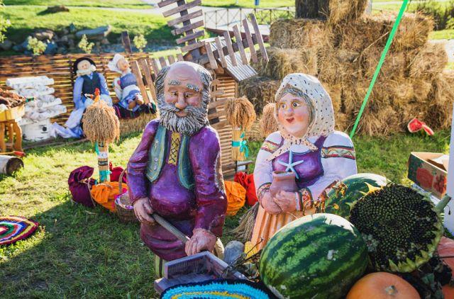 Сельские мастера кукол могут создать настоящее произведение.
