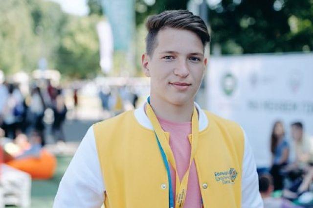 Школьник из Оренбурга получил 100 баллов по трем предметам на ЕГЭ