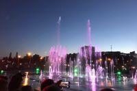 Фонтан открылся на эспланаде в день города, 12 июня.