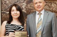 Директор свердловского ТФОМС Валерий Шелякин с призером конкурса