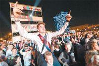 27 тыс. выпускников провели ночь в парке Горького.