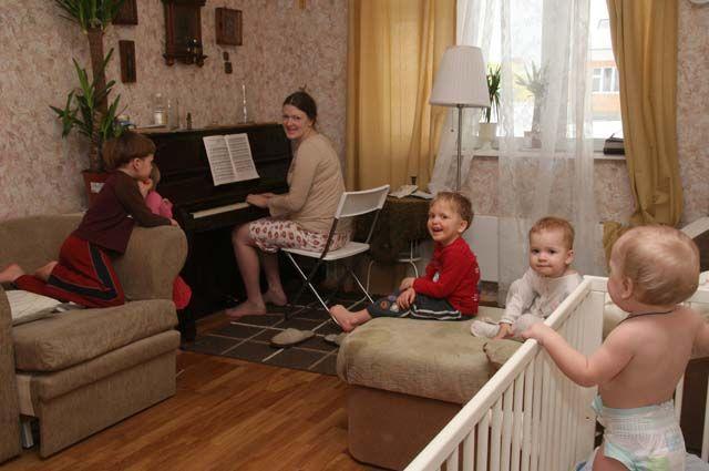 Проект подскажет идеи, благодаря которым женщина сможет и работать, и уделять внимание детям.