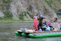 После сплава нужно сообщить в службу спасения, что группа завершила маршрут.