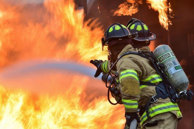 Около 15.00 пожар удалось потушить.