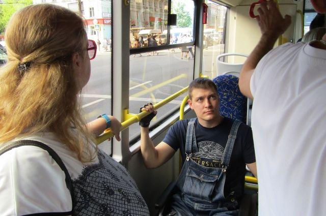 С 1 июля в общественном транспорте Калининграда заработают электронные карты
