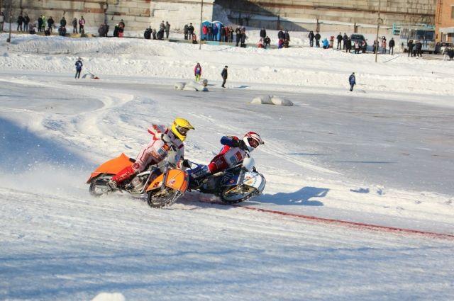 Это единственный специализированный стадион для занятия трековым видами мотоциклетного спорта.