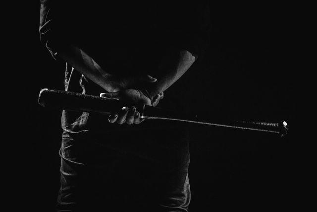 В Новоорском районе мужчина избил битой всех собутыльников