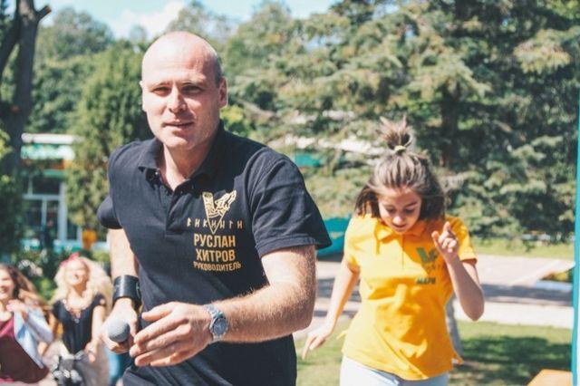 Руслан Хитров считает, что общение с детьми заряжает позитивной энергией.