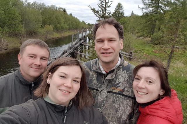 Когда близкие поддерживают, всё получится. Анна Клепиковская (справа) с мужем и родственниками.