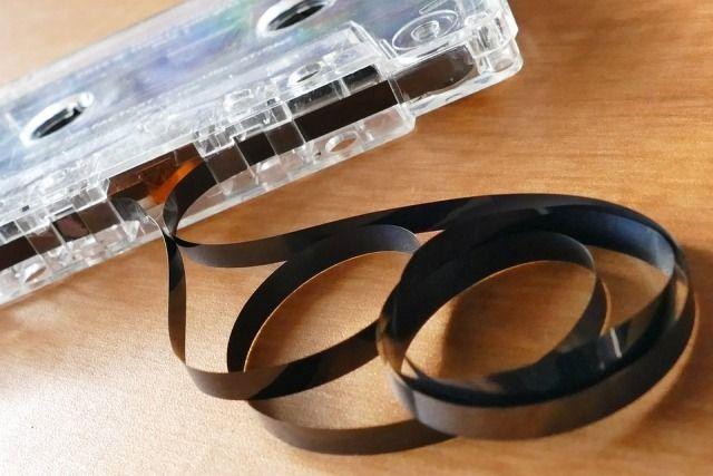 Семейные записи на магнитофонах позволяют окунуться в повседневную жизнь времен своего детства.