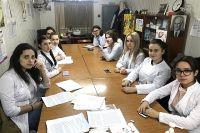 Бакалавры школьной медицины могут и сами стать преподавателями колледжей, а также работать академическими медицинскими сёстрами в лечебно-профилактических учреждениях.