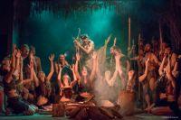 С 21.00 до 23.00 зоопарк превратится в настоящий первобытный мир с дикарями и шаманскими танцами.