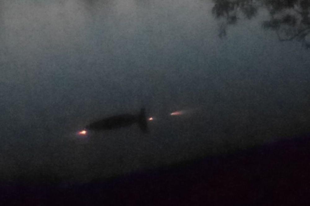У Мигаловской набережной в Твери утонул автомобиль.