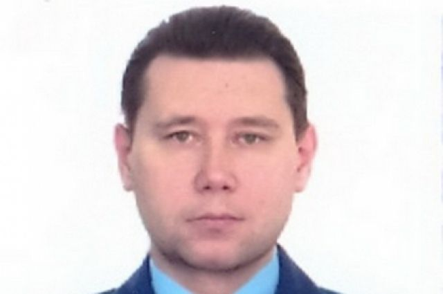 Константину Супрыгину 45 лет, он женат, воспитывает двух несовершеннолетних детей