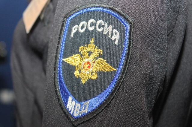 Молодой житель Ижевска укусил полицейского