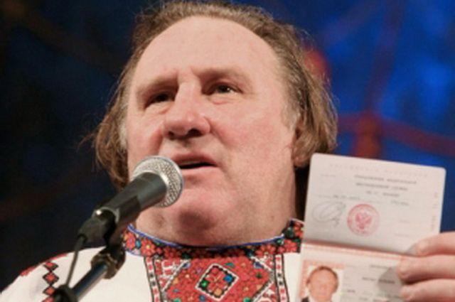Жерар Депардье получил прописку в Ленинском районе Новосибирска в декабре 2018 года.