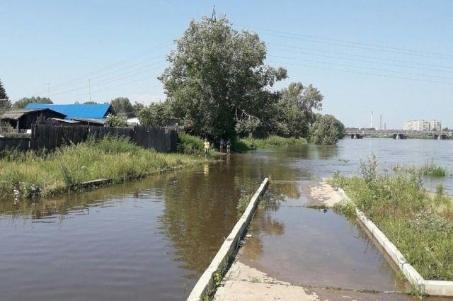 Сложная паводковая обстановка сохраняется в нескольких районах края.