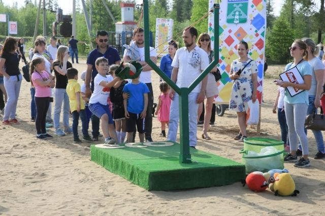 Многие усинцы пришли на праздник целыми семьями. На фестивале было много мероприятий и конкурсов как для детей, так и для взрослых.