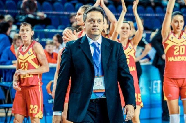 Новым тренером «Надежды» стал Джордж Дикеулакос