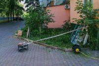 В Киеве ребенок выпал с девятого этажа и погиб