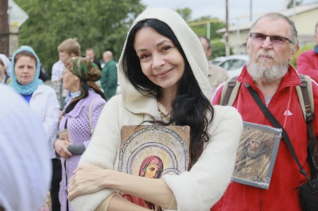 В субботу, 6 июля, уставшие путники войдут в Коробейниково под звон колоколов.