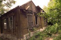 Оставленные жильцами дома стали объектом интереса для сталкеров.
