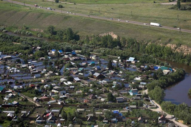 Подтоплены сотни домов, десятки человек эвакуированы.