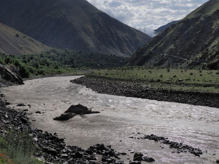 Паяндж. Граница с Афганистаном