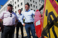 Губернатор ЯНАО проверил, как ремонтируют дороги и благоустраивают Салехард