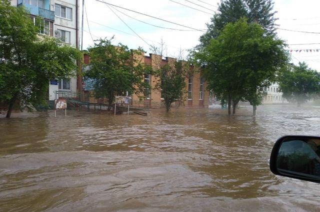 Более трех тысяч домов все ещё не освободили от воды.