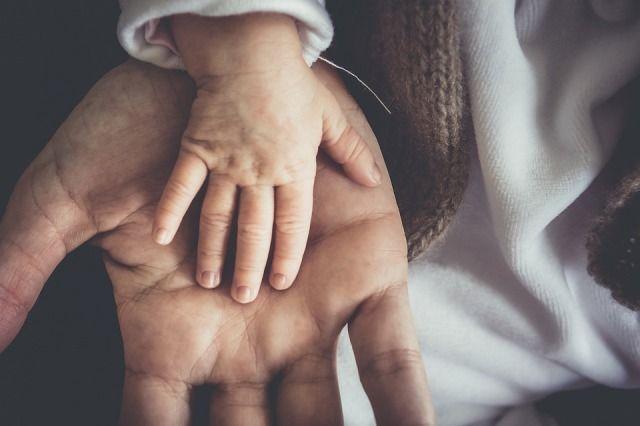Беседуйте с малышом как можно чаще.