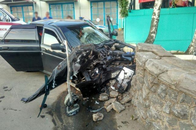 73-летний водитель «Лады» погиб в ДТП в Ижевске