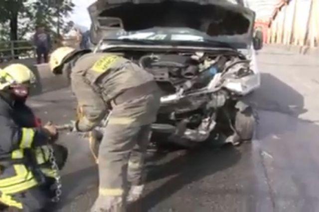 В ДТП с маршруткой на ул. Киевской облцентра пострадали 7 человек