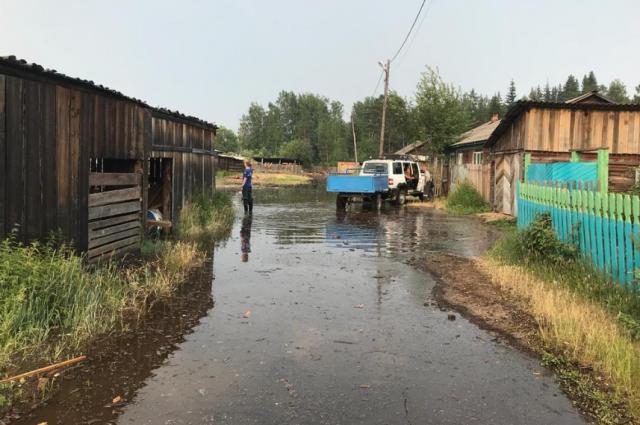 Почти 40 человек эвакуировали из п. Октябрьский Богучанского района.