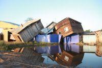 Разрушенные паводком дома в городе Тулуне в Иркутской области.