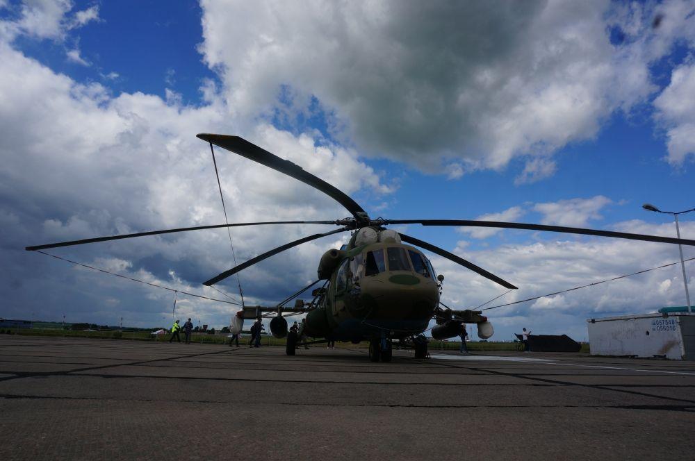 Вертолёт Ми-8АМТШ.
