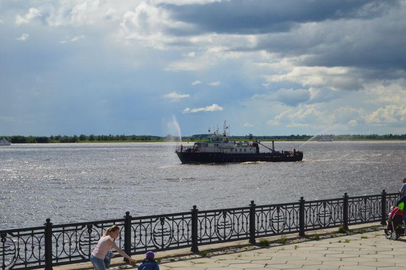 Югорская флотилия проплыла путь протяженностью около 6 километров вверх по протоке Самаровской.
