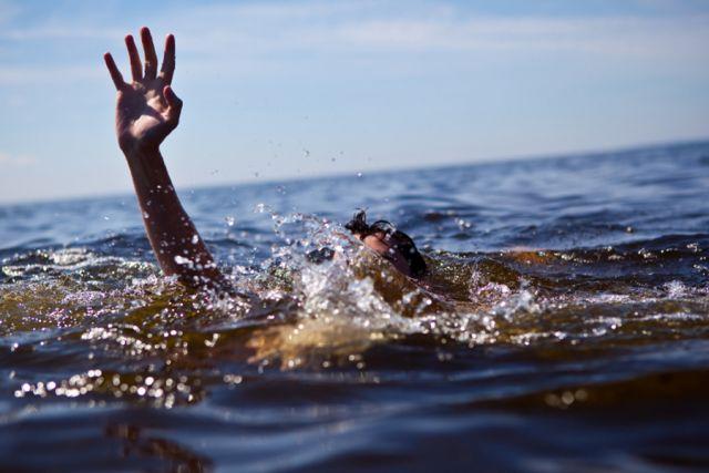 В обоих случаях погибшие дети купались в запрещенных местах.