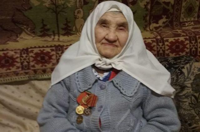 На фото - труженица тыла Марфуга Гадиева